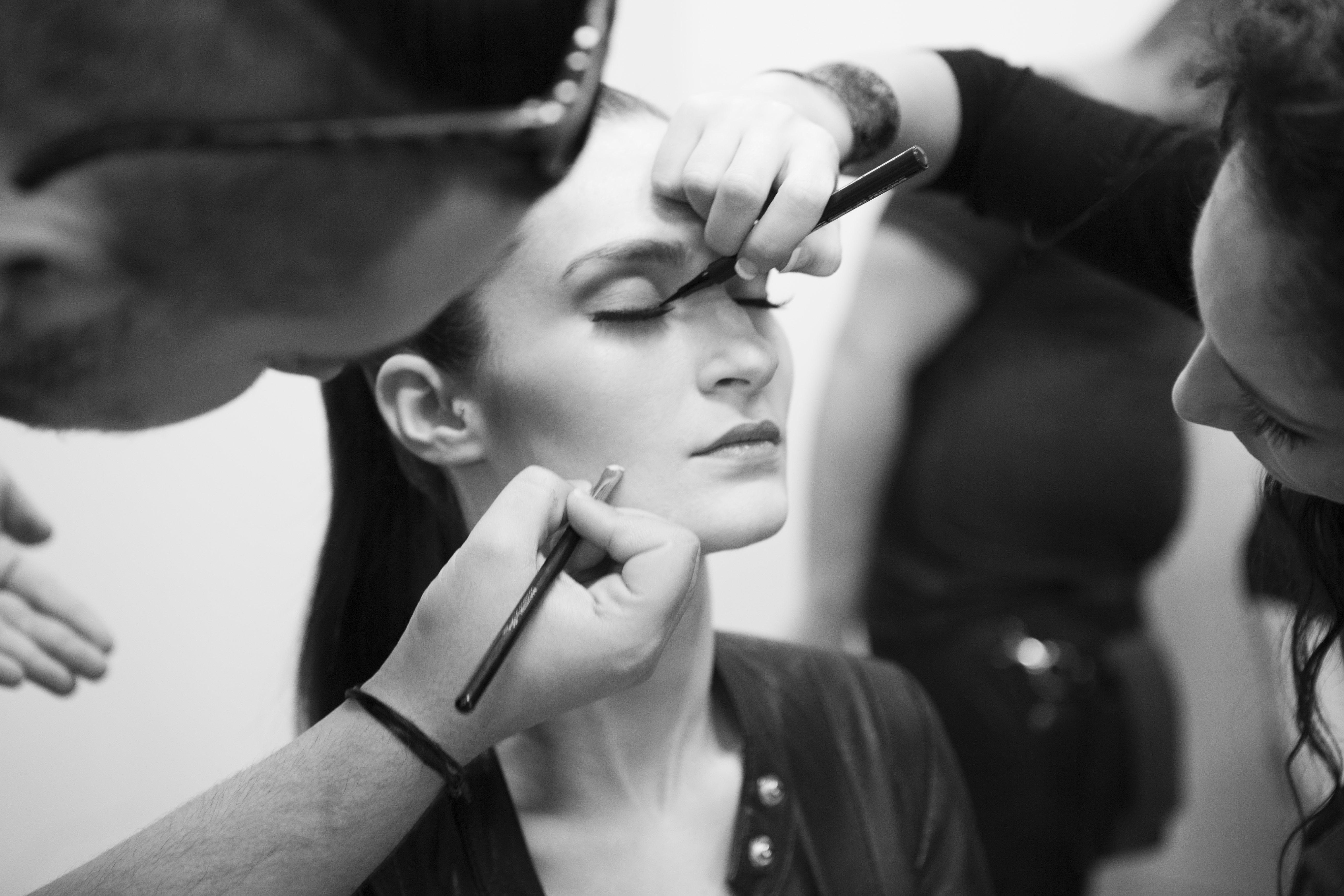 Préparation du Defilé Yohann Fayolle, Maquillage Elissance Paris